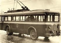 Троллейбус ЛК-4