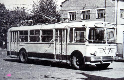 Троллейбус Зиу-7