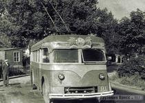 Троллейбус ЯТБ-4А