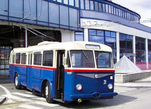 Троллейбус 7TR