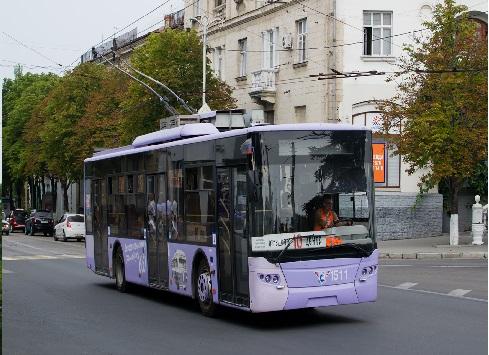 Троллейбус Laz Е183А1