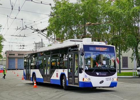 Троллейбус 5298-01