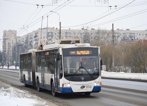 Троллейбус 62151