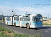 Троллейбус ЗИУ 683